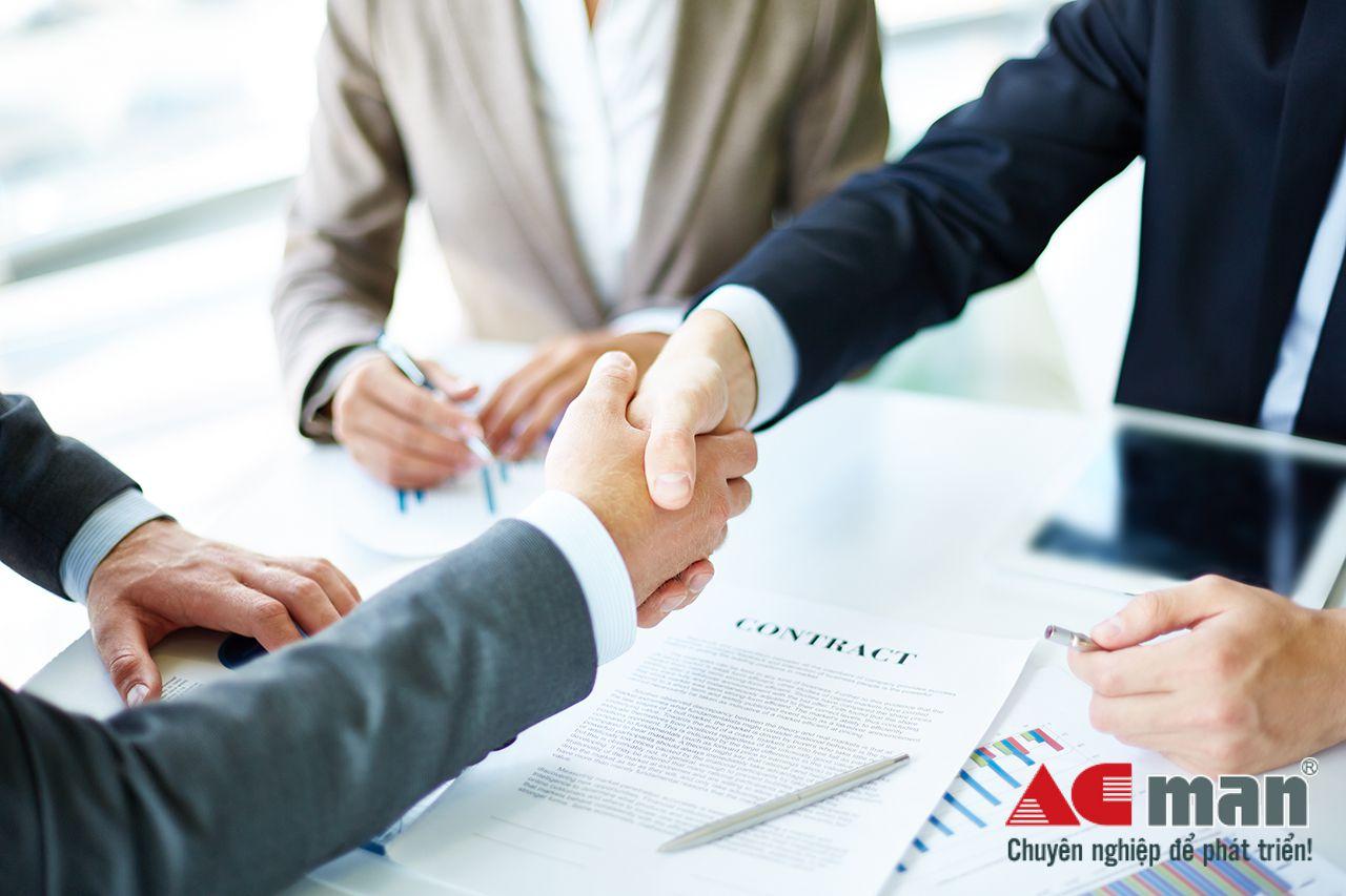 tự động lập báo cáo tài chính cho doanh nghiệp thương mại